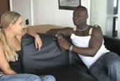 Lesbenspiele und ein dicker schwarzer Schwanz