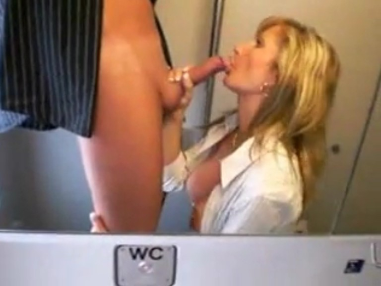 sex im zug giantess geschichten