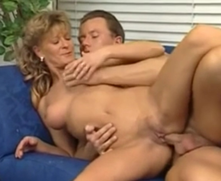 Lehrerin Mutter College Creampie