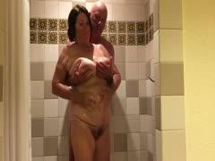 Porno unter der dusche