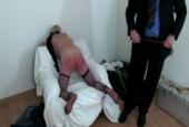 Ein roter wunder Arsch führt zum Orgasmus