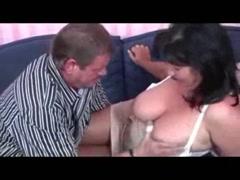 Frauen mit brüsten mollige großen DICKE MÖPSE